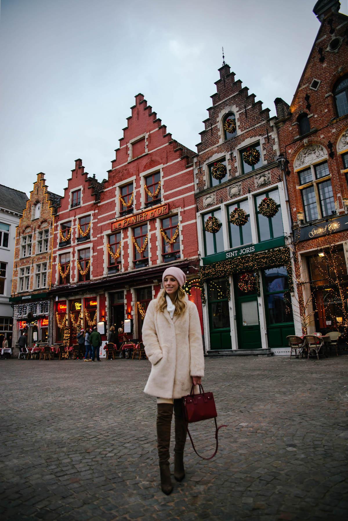Brugge Travel Guide