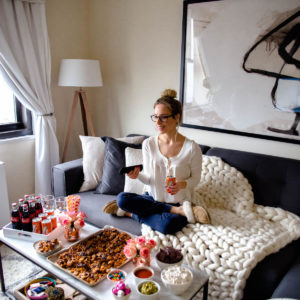 Tips For Hosting The Perfect Girls' Movie Night In Party